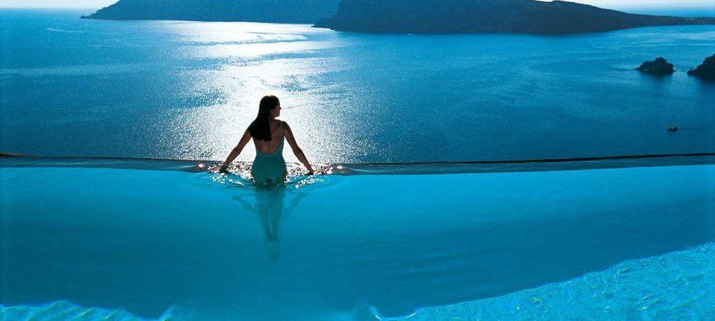 piscine zen voyage débordement mer